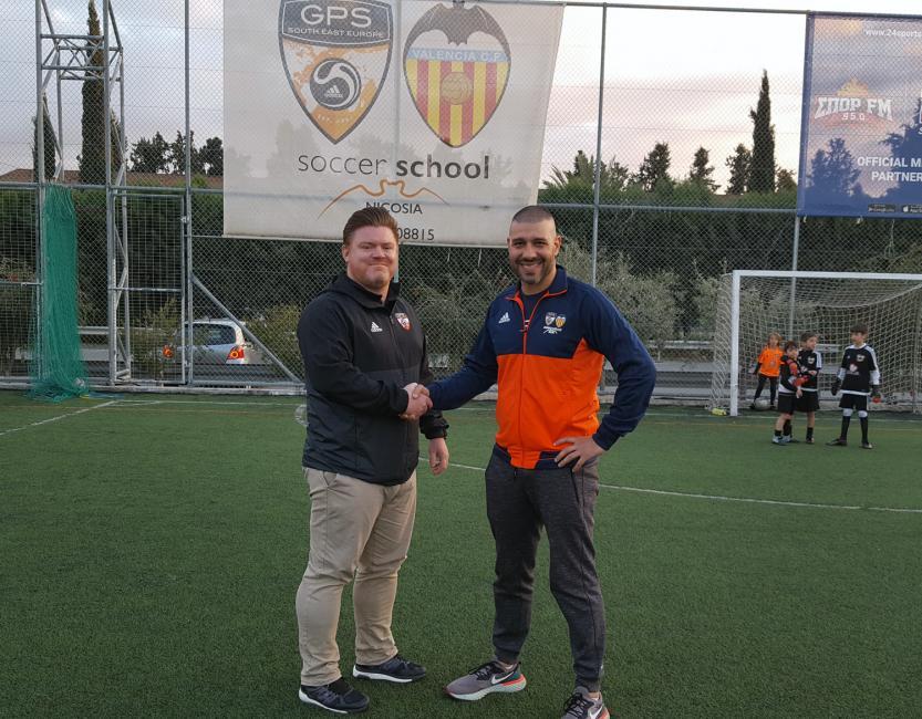 Χαράλαμπος Σπύρου στο Balla: «Πρώτα θέλουμε άνθρωπους και μετά ποδοσφαιριστές» (pics)