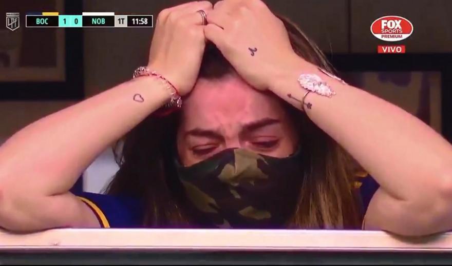 VIDEO:  Στο γήπεδο η κόρη του Ντιέγκο, ξέσπασε σε λυγμούς στην αφιέρωση της Μπόκα