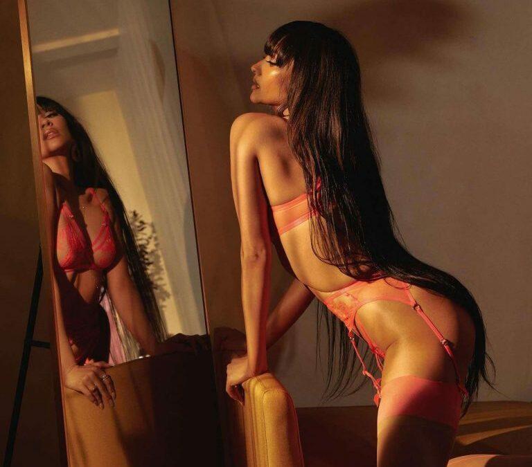 Shay Mitchell… Kinky!
