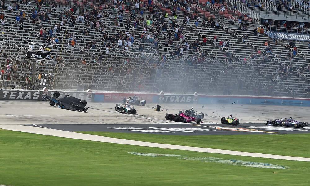 ΒΙΝΤΕΟ: Απίστευτο ατύχημα σε αγώνα Indycar!