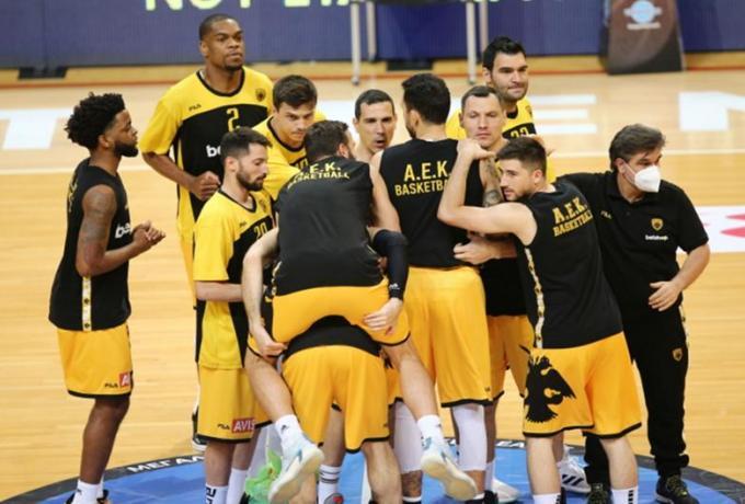 ΑΕΚ Αθηνών: Έγιναν 10 τα ban τη FIBA