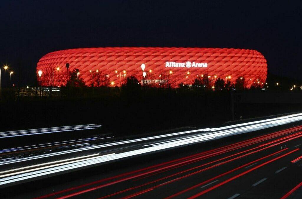 Euro 2020: Η Γιουβέντους έβαψε το σήμα της ως απάντηση στην UEFA