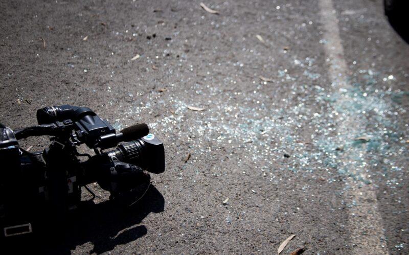 Ο διάλογος και η διαφωνία είναι η Δημοκρατία και όχι η βία – αντιπαραθέσεις