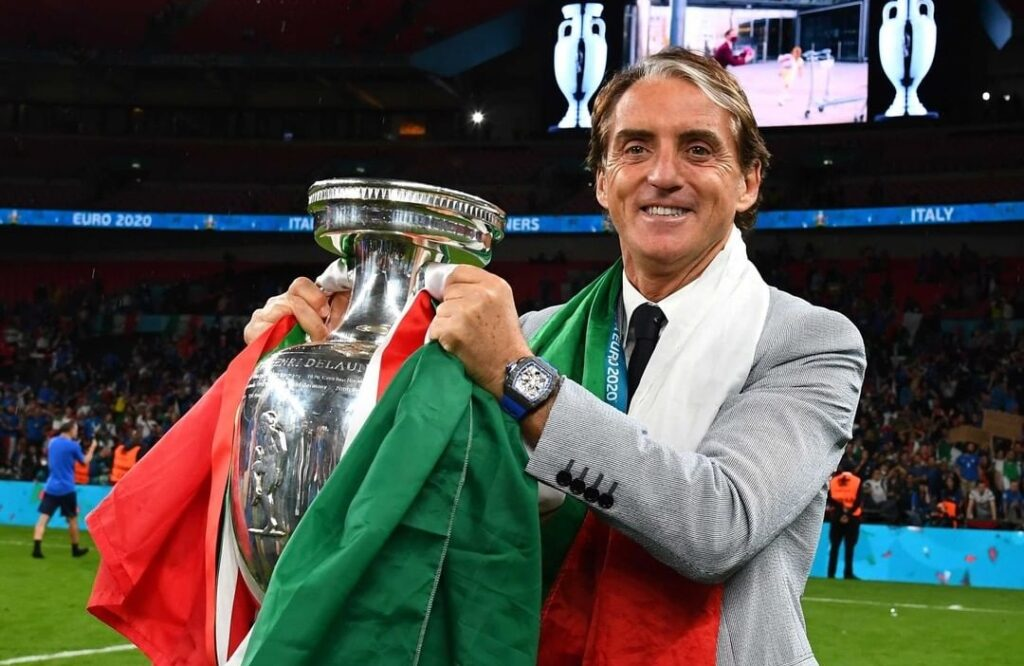Ο κανονικός προπονητής, ήταν στον πάγκο της Εθνικής Ιταλίας…